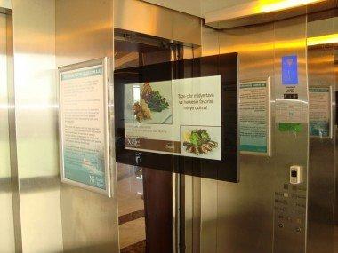 LCD Ekran Asansör İçi